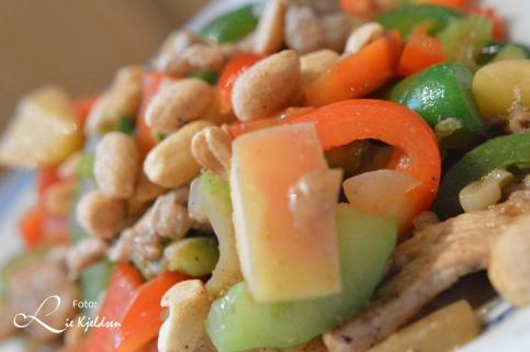 wok med peanøtter