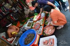 Skalldyr utsalg i Puli marked