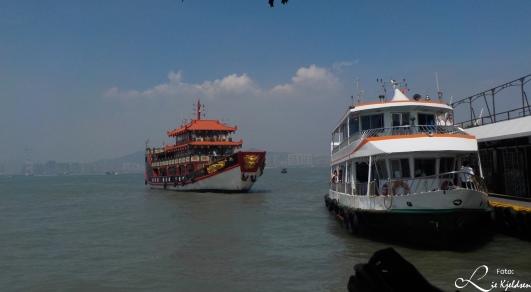 Turist båt fra Gulangyu